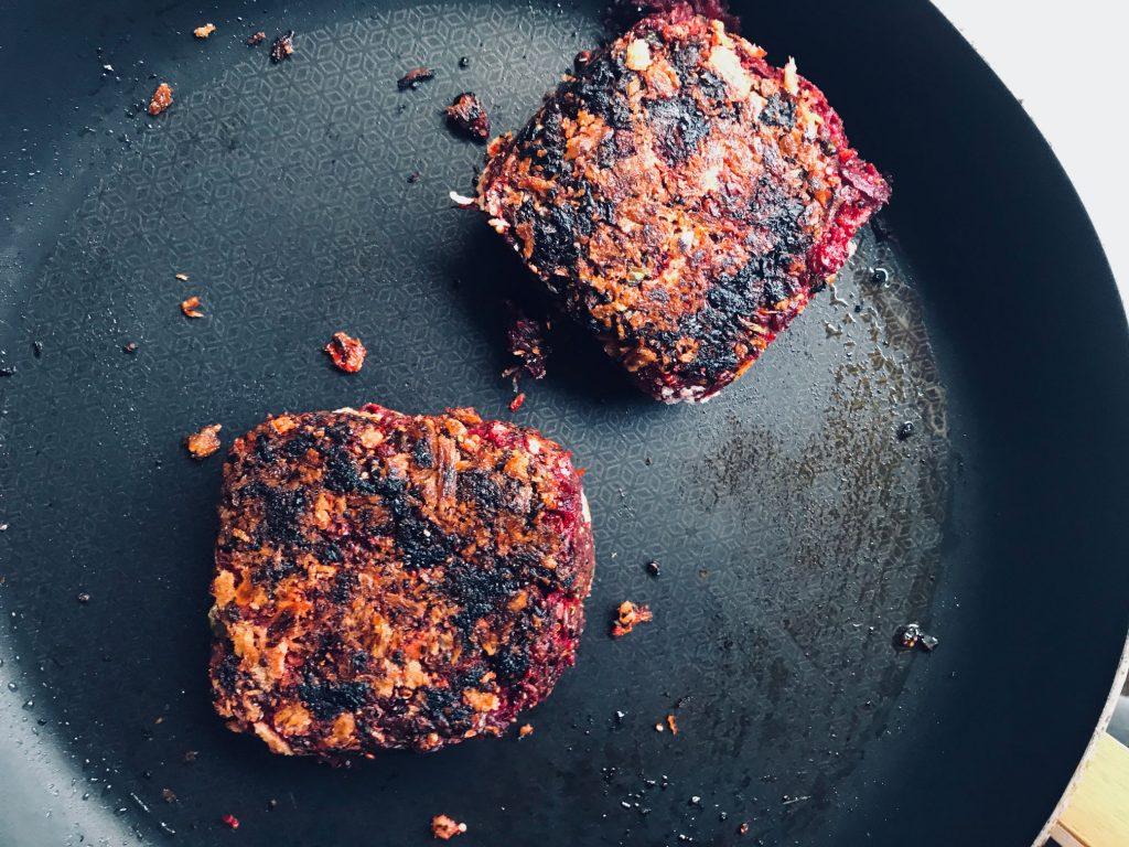 Beetroot & Quinoa Vegan Burger